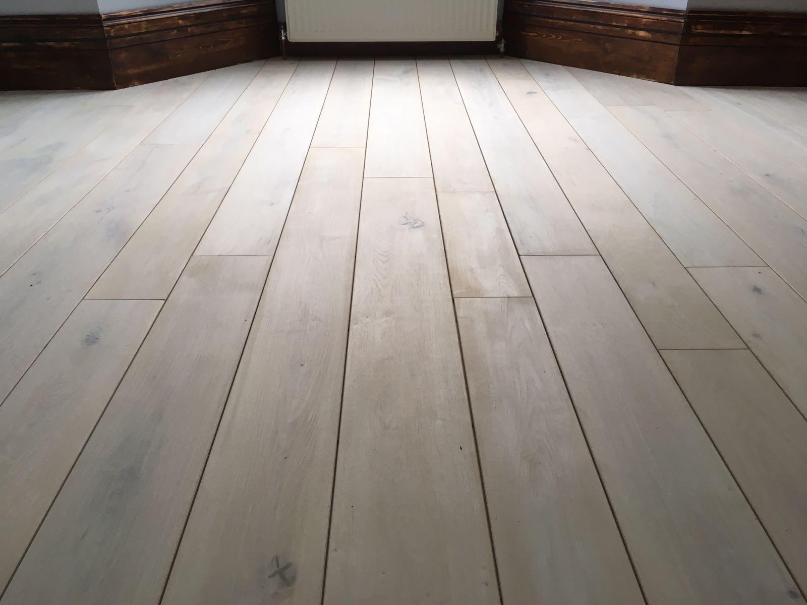 solid-oak-boards-mixed-width-stratford-london-3