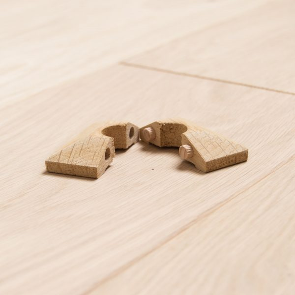 Solid-Oak-square-Radiator-Rings-Pipe-Covers-15mm Pipe-3