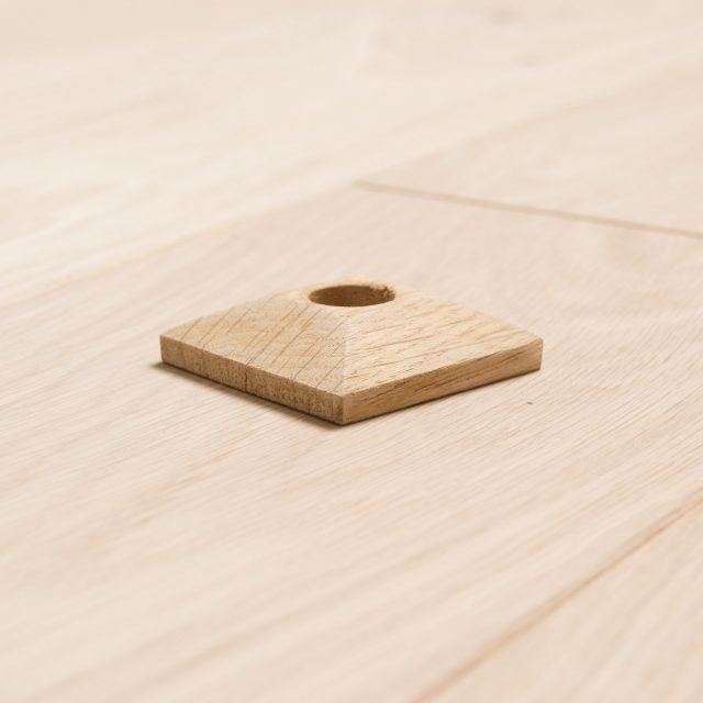 Solid-Oak-square-Radiator-Rings-Pipe-Covers-15mm Pipe