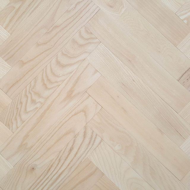 ash-parquet-flooring-300-55-21-mm-3